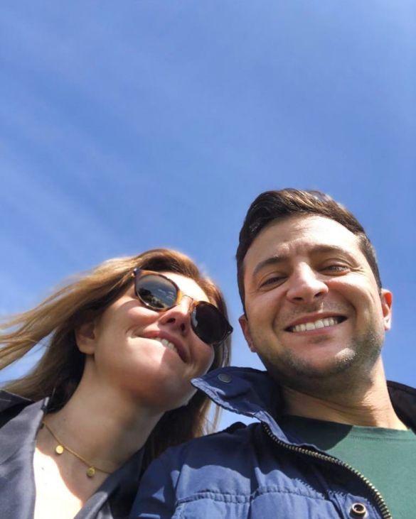 إيلينا زيلينسكايا تشارك صورة جميلة مع زوجها في عيد ميلاده