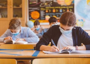 المدارس في أوكرانيا تمارس عملها كالمعتاد