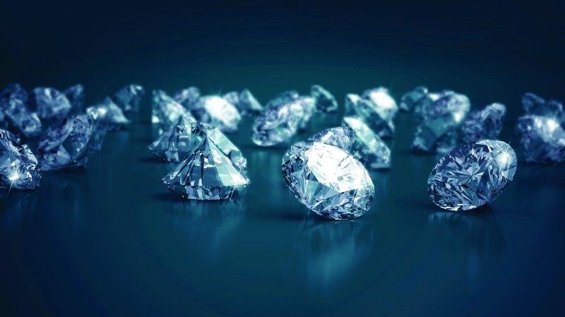 دبي تتصدر تجارة الماس عالميا