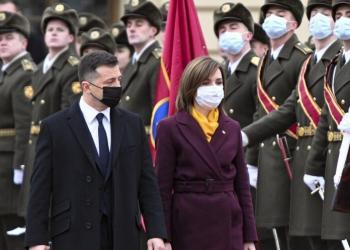 رئيسا أوكرانيا ومولدوفا يوقعان اتفاقيات ثنائية الجانب