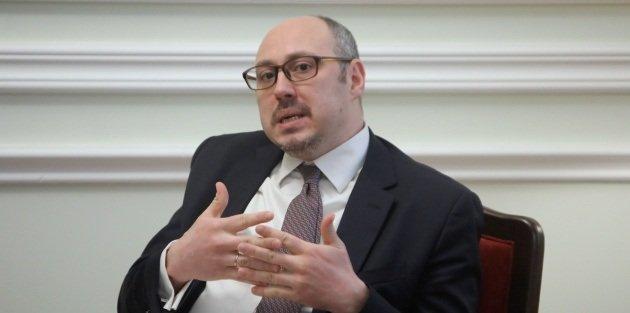 اوكرانيا وبريطانيا تبرمان اتفاق يهدف الى الغاء الرسوم الجمركية على البضائع الاوكرانية