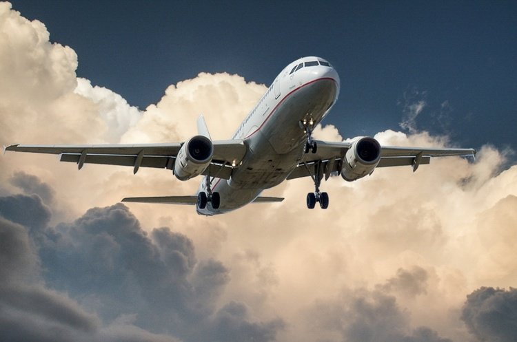 عقوبات على شركات الطيران الروسية.