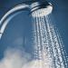 مخاطر الاستحمام اليومي في الشتاء