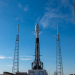 SpaceX تطلق 143 قمرا صناعيا في المدار
