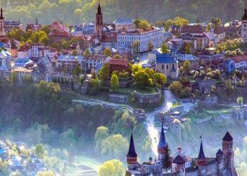 البلدة القديمة .. كاميانيتس بوديلسكي.. مدينة الحكايات