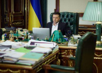 الرئيس فلاديمير زيلنسكي