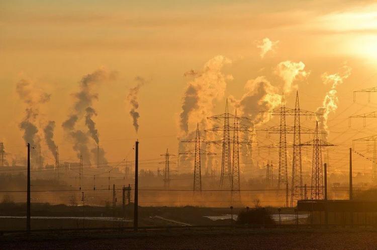 علماء صينيون يشيرون إلى أن الهواء الملوث هو المسؤول عن العقم
