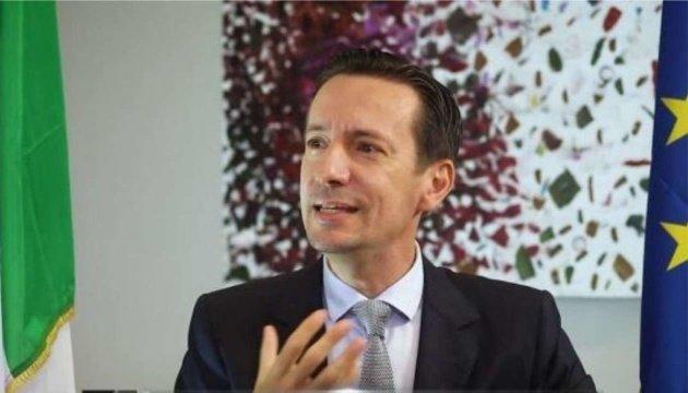 السفير الإيطالي لدى جمهورية الكونغو الديمقراطية ، لوكا أتاناسيو