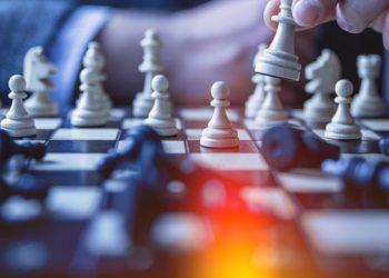 يوتيوب يحجب قناة شطرنج بسبب العنصرية