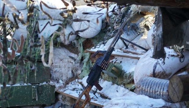 انتهاك وقف اطلاق النار مرة واحدة في دونباس