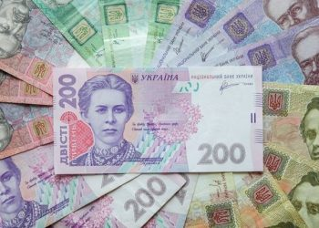سعر صرف الدولار واليورو اليوم 12 مارس… انتعاش للغريفنا امام اليورو