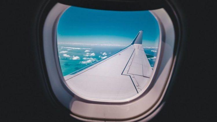 ماذا يحدث لجسمنا ودماغنا عند السفر بالطائرة؟