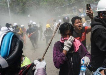 مقتل 38 متظاهرا في ميانمار يوم امس الاحد