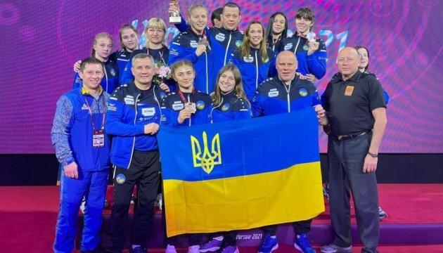 المنتخب الأوكراني النسائي يفوز بالمركز الثاني في ترتيب فرق بطولة المصارعة الأوروبية