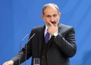 رئيس الوزراء الأرميني نيكول باشينيان يقدم استقالته
