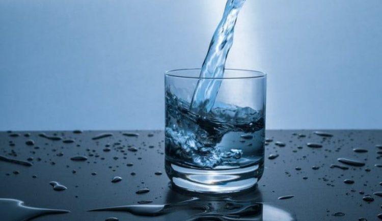 لماذا نحتاج لشرب الماء؟