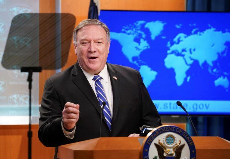 وزير الخارجية الامريكي الاسبق بومبيو قام بانتهاك موارد وزارته أكثر من 100 مرة