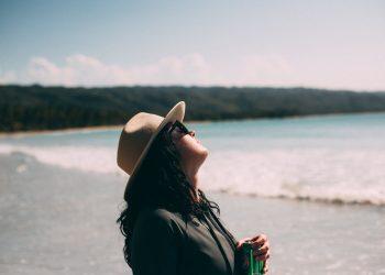 نصائح لحماية الشعر من الشمس