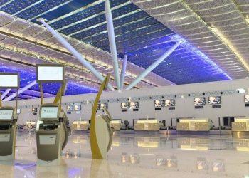 الهيئة العامة للطيران المدني تربط بطاقات الصعود إلى الطائرة بالتطبيق الصحي