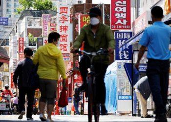 كوريا الجنوبية تخلط وتطابق جرعات لقاح COVID-19 لـ 760 ألف شخص