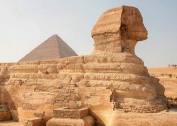 """مصر تخطط لإنشاء """"خط ساخن"""" باللغة الأوكرانية للسياح"""