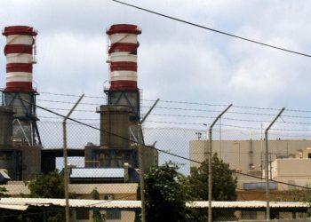 إعادة تشغيل محطة توليد الكهرباء في لبنان بعد تسليم الوقود