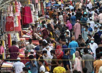 بنغلاديش ترفع إغلاقها بسبب فيروس كورونا