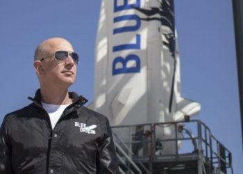 جيف يطير اليوم الى الفضاء