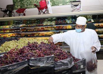 عمان تمدد الاغلاق الى ما بعد عطلة العيد