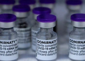 في كندا يوجد ما يكفي من لقاحات COVID لأي شخص يزيد عمره عن 12 عامًا