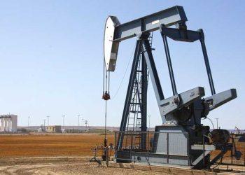 كيف تؤثر الموجة الجديدة من COVID-19 على سعر النفط
