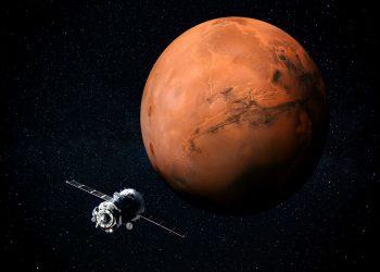 مروحية لناسا تقوم بالتحليق لأطول فترة فوق سطح المريخ