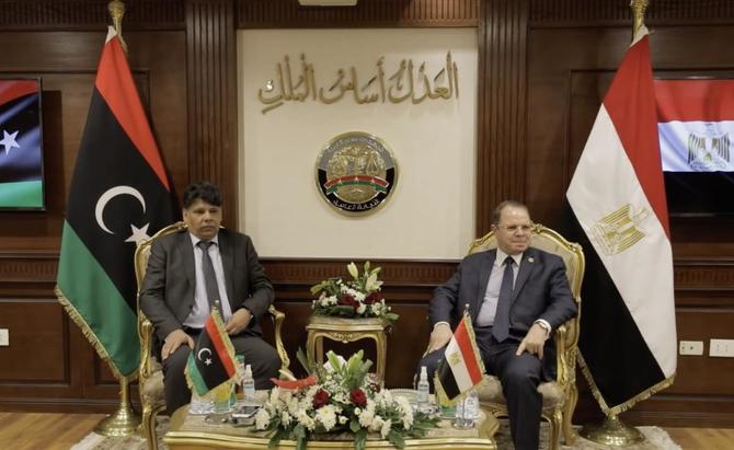 مصر وليبيا تتعهدان بعلاقات أوثق في تحقيقات الإرهاب والاتجار