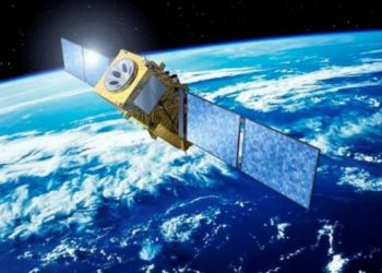 آيفون 13 الجديد يحصل على دعم القمر الصناعي