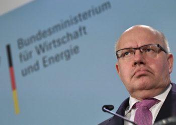 ألمانيا تقول أنها لن تسمح بتحويل شبه جزيرة القرم إلى بقعة عمياء على الخريطة.