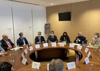 اجتماع ثلاثي بين الولايات المتحدة وأوكرانيا وألمانيا
