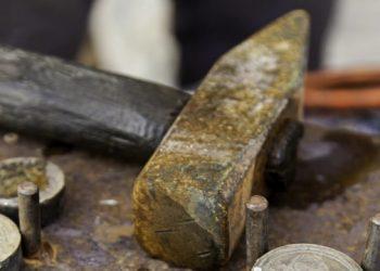 اكتشاف أقدم ورشة صنع عملات معدنية في العالم في الصين