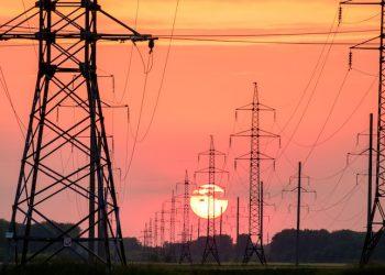 تخفيض تعرفة الكهرباء للسكان في أوكرانيا