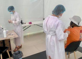 تطعيم 87.5 ألف أوكراني ضد فيروس كورونا في يوم واحد