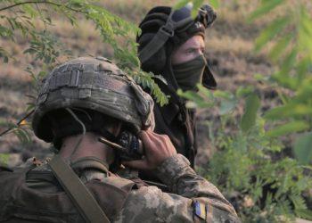 خلال اليوم القوات الروسية تخرق الهدنة ٤ مرات مما أدى إلى إصابة ٣ جنود من القوات المسلحة.