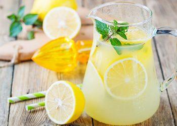 عصير الليمون في ملح الهيمالايا