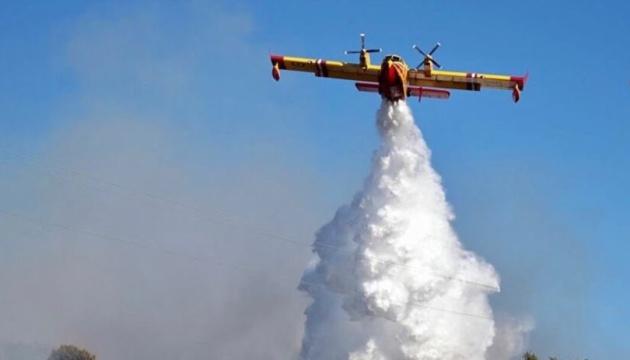 في إيطاليا، تم إخماد أكثر من 800 حريق غابات في يوم واحد