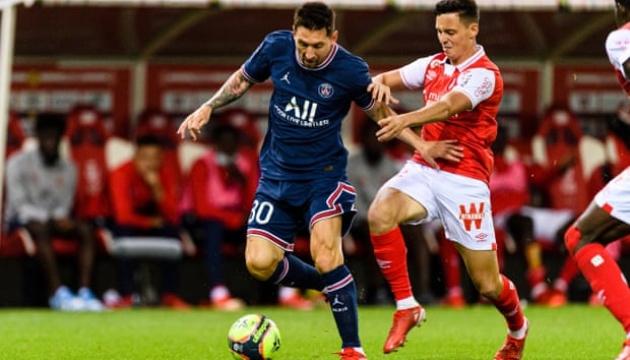 ميسي يلعب مع باريس سان جيرمان لأول مرة