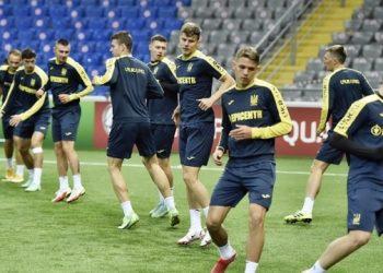 أوكرانيا تلعب اليوم مباراة تأهيلية لكأس العالم 2022 مع كازاخستان