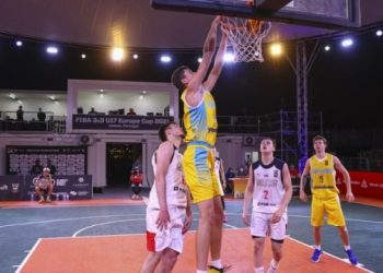 أوكرانيا هزمت روسيا ووصلت إلى ربع نهائي بطولة أوروبا لكرة السلة