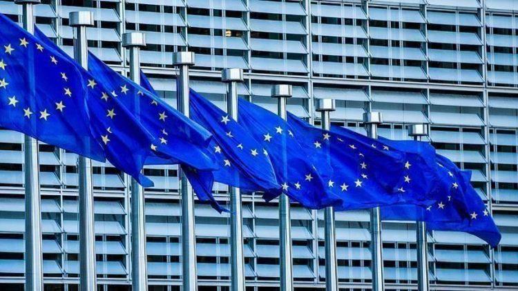 الاتحاد الأوروبي يدعو صربيا وكوسوفو إلى الدخول في حوار لاستعادة حرية الحركة.