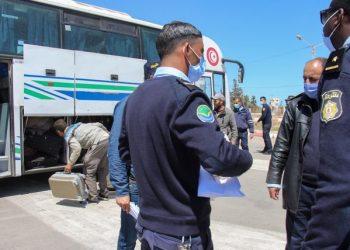 الرئيس التونسي يعلن إعادة فتح الحدود مع ليبيا
