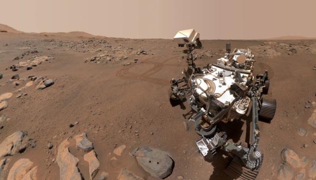 المركبة الجوالة التابعة لناسا التقطت صورة سيلفي جديدة على الكوكب الأحمر