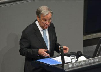 جوتيريش يدعو إلى إزالة الأسلحة النووية