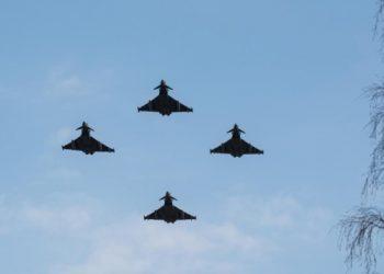 دورية جوية تابعة لحلف شمال الأطلسي في دول البلطيق الطائرات العسكرية الروسية سبع مرات في الأسبوع.